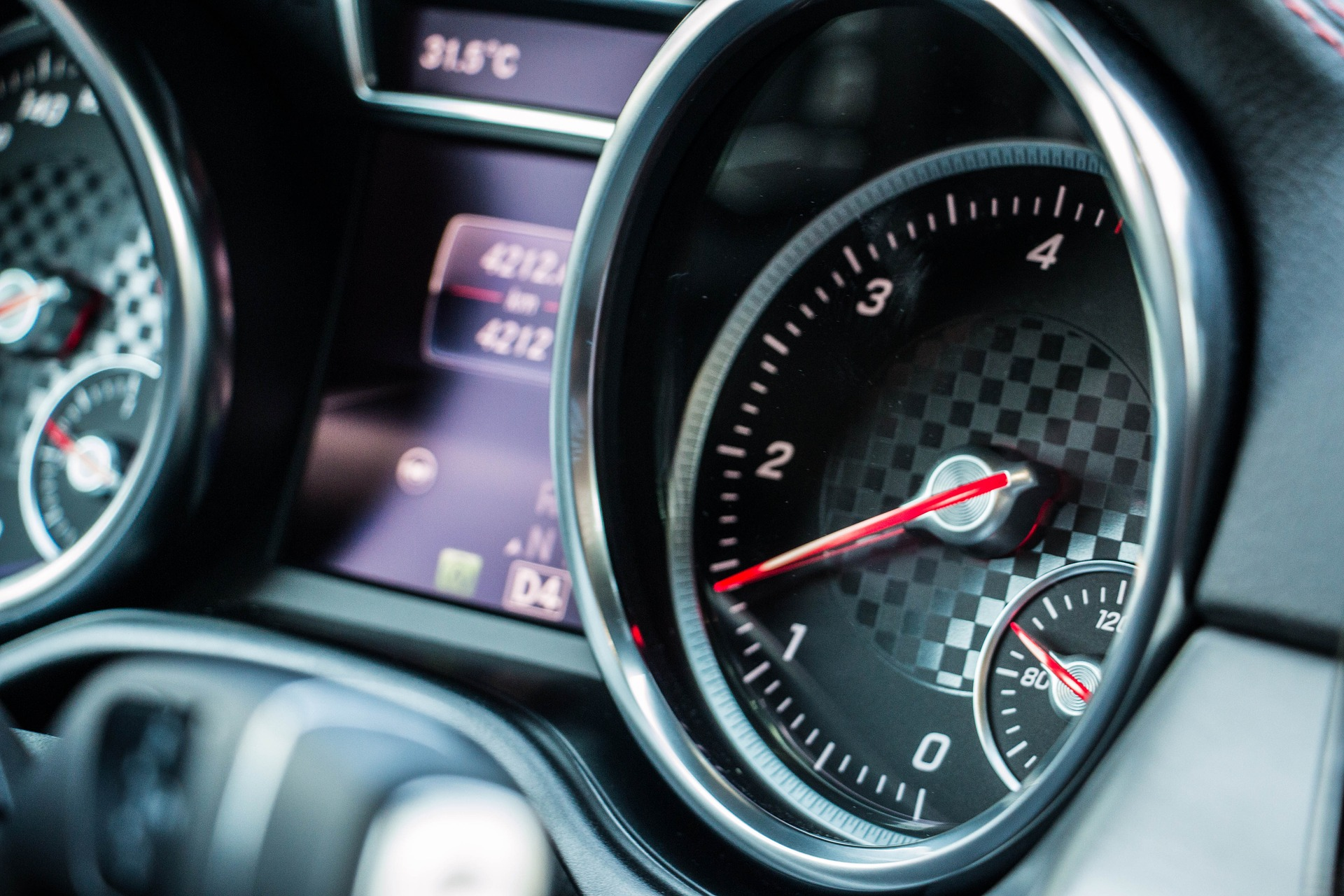 Selling your car to the best price before the speedometer reaches 50.000 km.